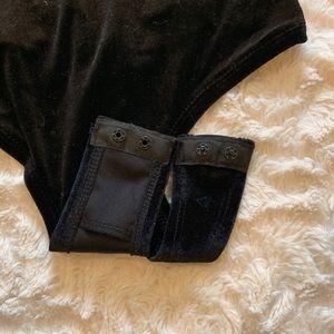 Revamped Tops - Urban Planet black velvet chocker bodysuit